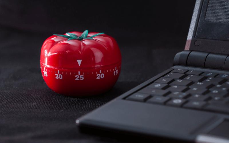 squash distractions with the pomodoro tomato method